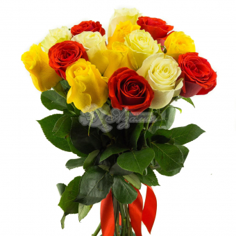 Букет из 15 разноцветных Эквадорских роз